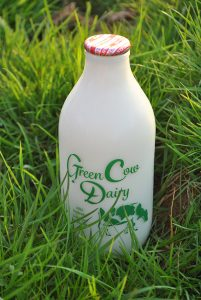 Green Cow Dairy semi skimmed milk 72dpi